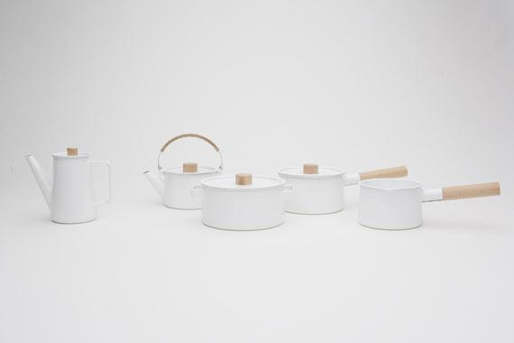 white modern pots by kaico